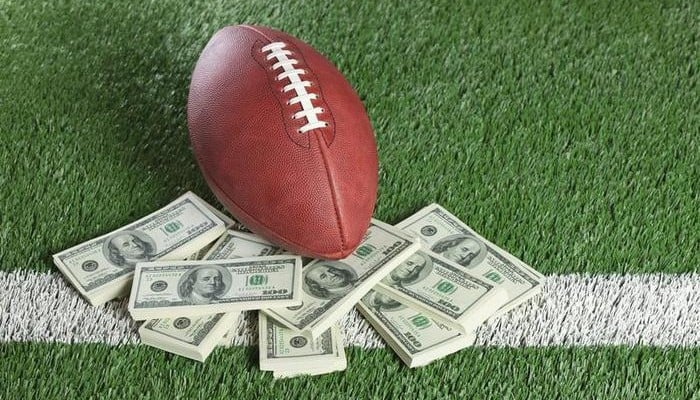 Football-Money-700x400